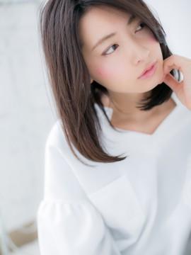 ノームコア 黒髪が大人な雰囲気!a